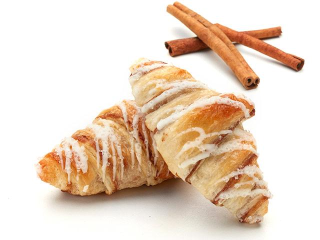 Cinnamon Croissant Beauty Shot